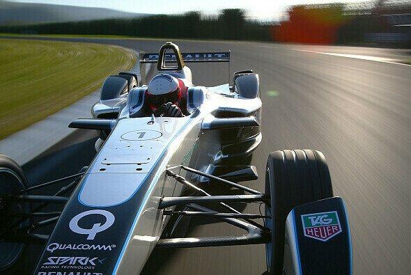 Emmanuel Collard testete den Formel E-Renner für Michelin
