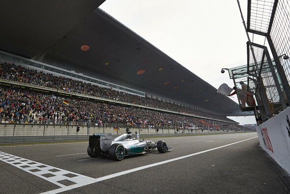 Lewis Hamilton gewinnt den China Grand Prix
