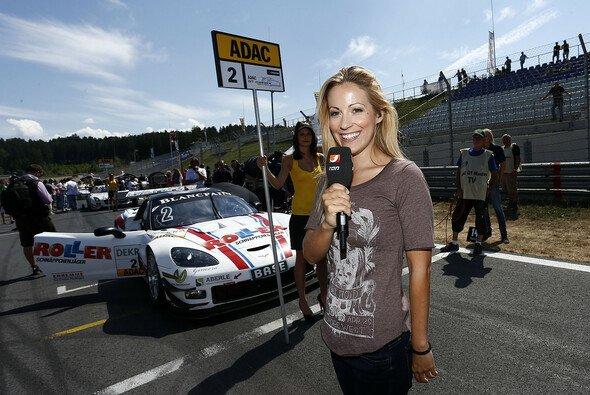 Andrea Kaiser moderiert ran Racing bei kabel eins
