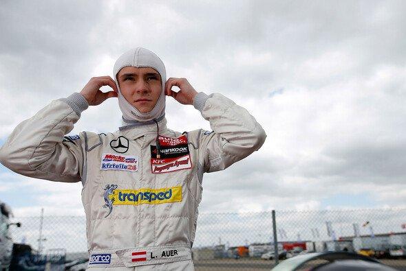 Lucas Auer schnappte sich im ersten Rennen in Hockenheim den Sieg