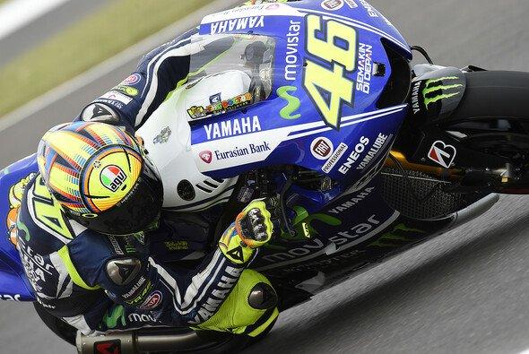 Valentino Rossi geriet im Rennen mit Stefan Bradl aneinander
