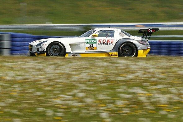 Rowe Racing verbuchte die Plätze fünf und 13