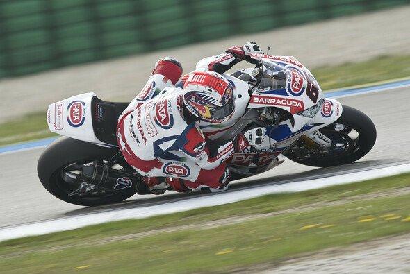 Jonathan Rea sicherte sich den Sieg im zweiten Superbike-Rennen - Foto: Pata Honda