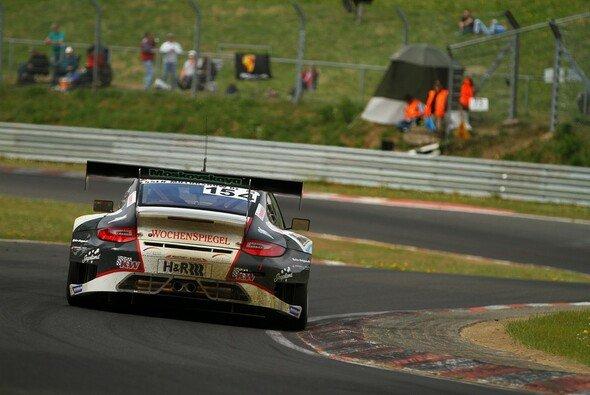 Klassensieg für den Wochenspiegel-Porsche aus der Klasse SPPRO