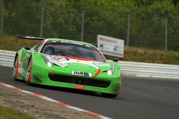 Der Ferrari von GT Corse bestritt sein erstes VLN-Rennen in diesem Jahr
