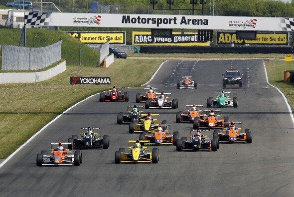 Der ADAC richtet 2015 die Formel 4 in Deutschland aus
