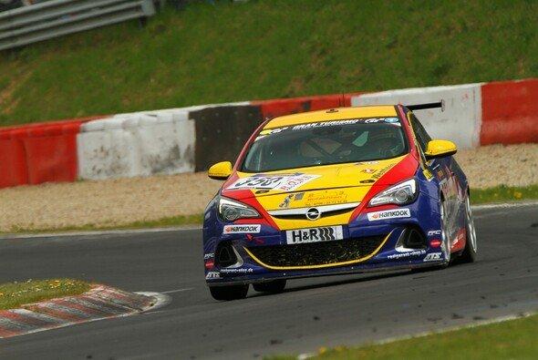Bonk motorsport schickt vier Autos zum Saisonfinale der VLN - Foto: Patrick Funk