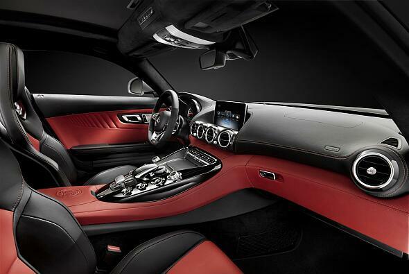 Bisher zeigt Mercedes nur den Innenraum des neuen High-Performance-Modells