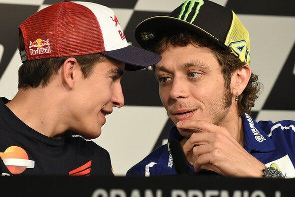 Rossi und Marquez sollten zusammen die Korken knallen lassen - Foto: Milagro