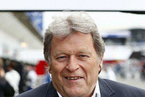 Da ist er wieder: Norbert Haug wurde bei seiner Rückkehr in die DTM freundlich empfangen