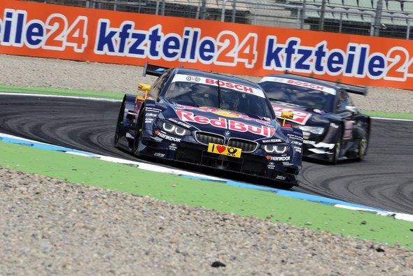 Timo Scheider gegen Antonio Felix da Costa: Die Szene des Rennens - Foto: Speedpictures