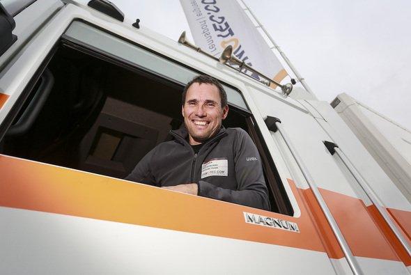Helmut Pelzmann ist im Team für Logistik und Reifen zuständig