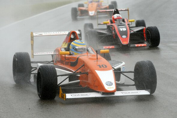 Nico Menzel startet in seiner ersten Saison im ADAC Formel Masters - Foto: Formel ADAC