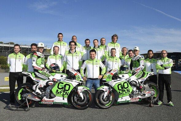 Das Gresini-Team in Jerez. Für Le Mans ist Regen vorausgesagt - Foto: Gresini