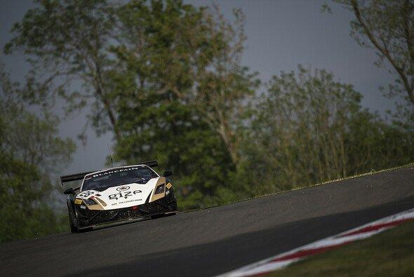 Ein hart erkämpfter erster Gesamtsieg für das kleine Grasser Racing Team aus Österreich