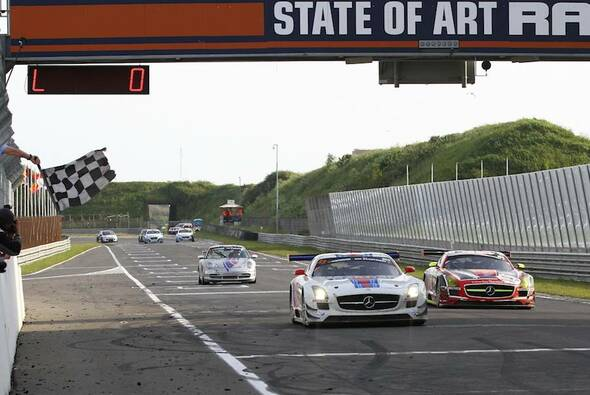 Dreifachsieg für den Mercedes-Flügeltürer in Holland