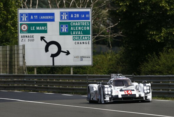 Porsche absolvierte die ersten Kilometer in Le Mans mit einem gesamtsiegfähigen Auto seit 1998