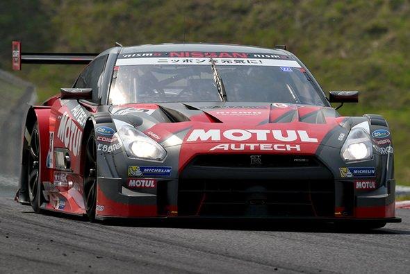 Nissan dominierte auf der Autopolis-Strecke
