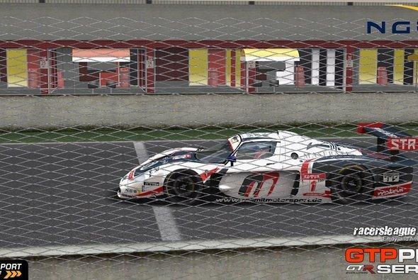 Thomas Wackerbauer schlug im dritten Rennen erstmals zu