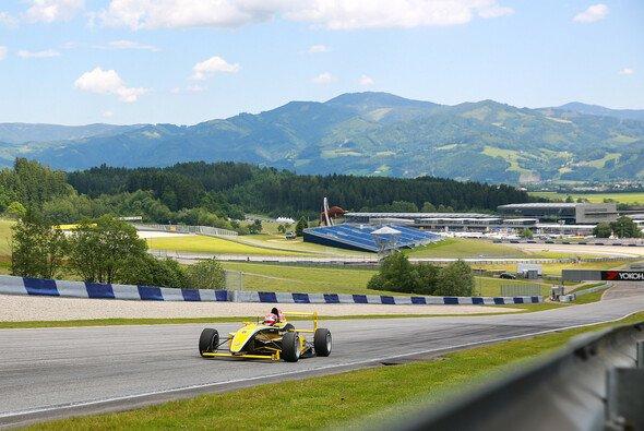 Erste Doppel-Pole für Mikkel Jensen in der Formel ADAC