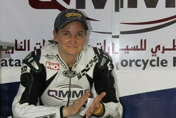 Nina Prinz verdient ihr Geld in der katarischen Superbike-Meisterschaft