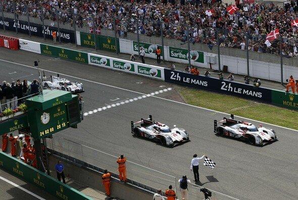 Audi schlug in einem packenden Rennen erstmals zwei Werke gleichzeitig - Foto: Audi