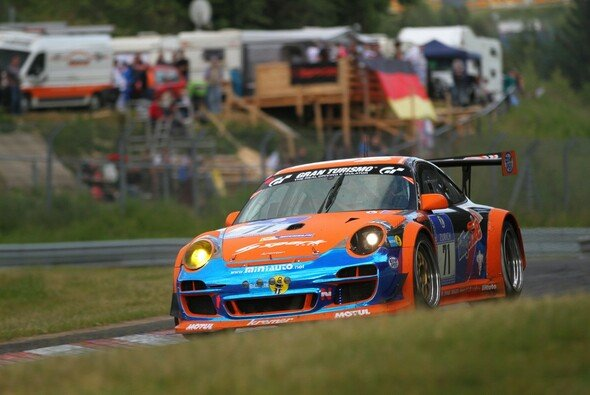 Der Porsche von billiger.de/racing ist wieder einsatzbereit