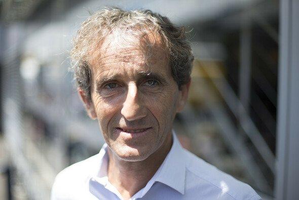 Alain Prost ist eng verbunden mit Renault - Foto: Red Bull/GEPA