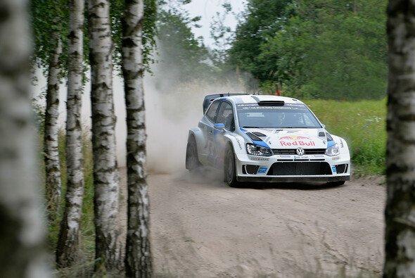 Sebastien Ogier ging mit einem komfortablen Vorsprung in den letzten Tag der Rallye