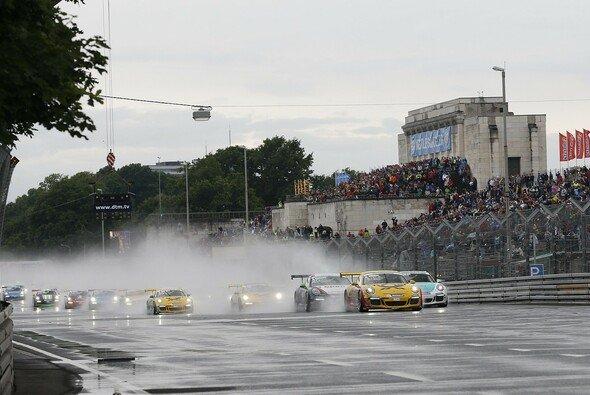 Rennen auf dem Norisring sind seit jeher Zuschauermagnet - Foto: Porsche