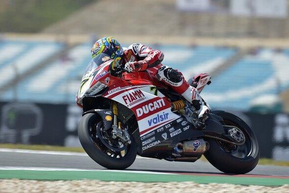 Chaz Davies kam am Freitag recht gut in Fahrt - Foto: Ducati