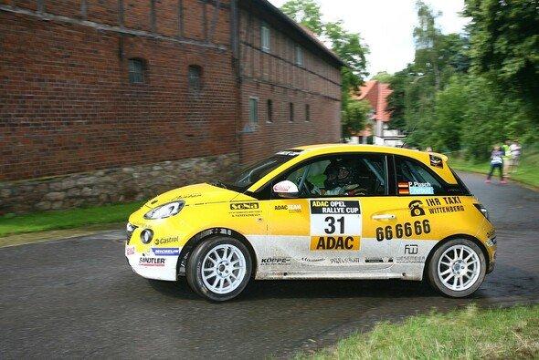 Spannender Testlauf zum ADAC Opel Rallye Cup