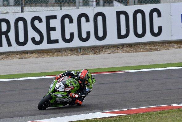 Tom Sykes wollte im zweiten Rennen nicht zu viel riskieren - Foto: World SBK.com