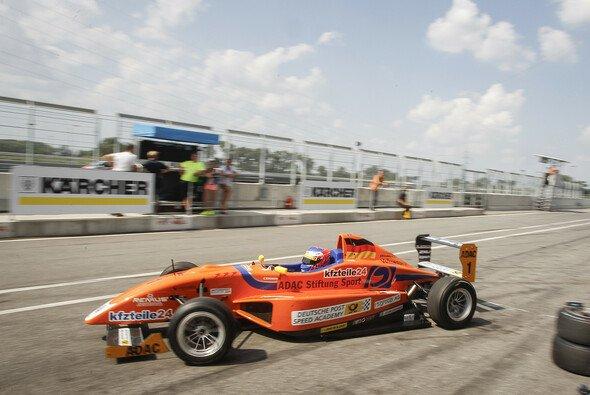 Maximilian weiter Zweiter in der Meisterschaft - Foto: ADAC Formel Masters