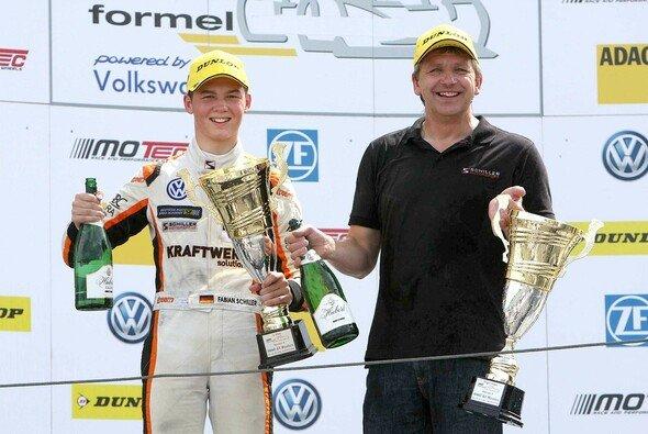 Fabian Schiller mit drittem Saisonsieg am Slovakiaring - Foto: F. Wagner