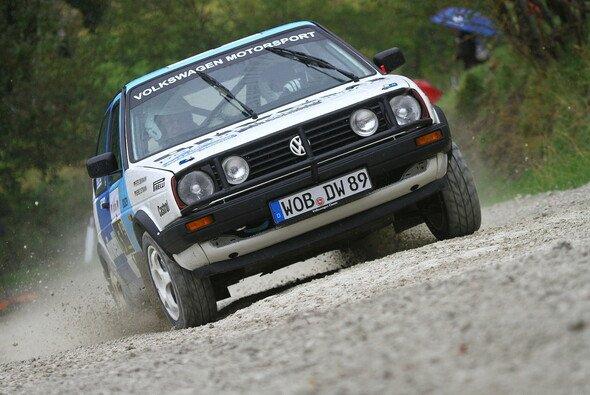Mit im Gepäck haben die Legenden original Rallye-Boliden von damals