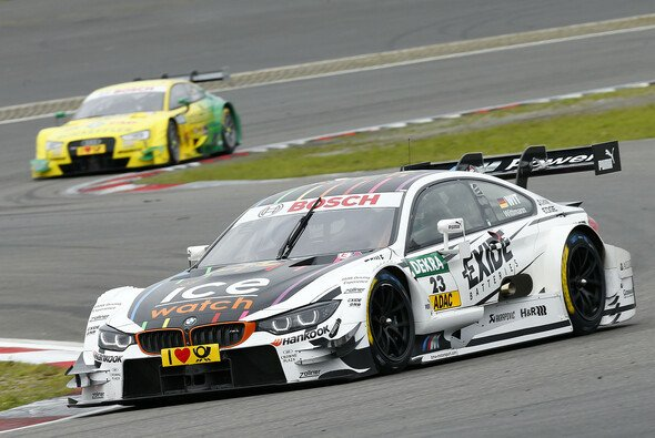 Wittmann steht kurz vor dem Fahrertitel - Foto: DTM