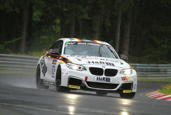 Emin Akata und Michael Schrey sind Vizemeister im BMW M235i Racing Cup - Foto: Patrick Funk