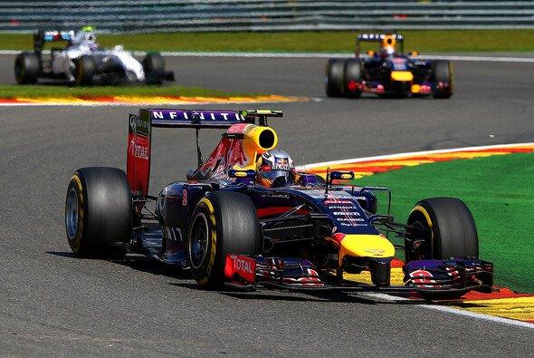 Sebastian Vettel steht deutlich im Schatten seines Teamkollegen Daniel Ricciardo
