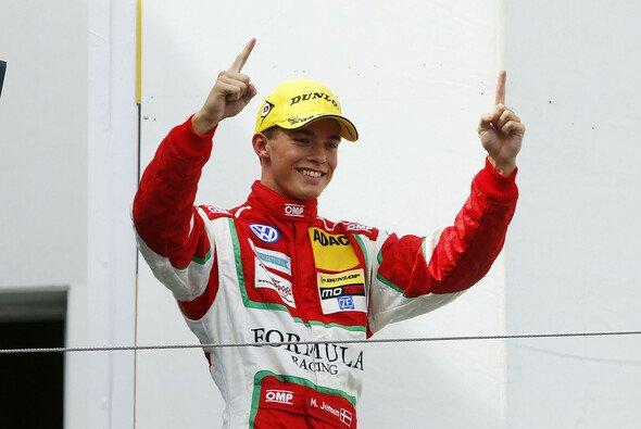 Mikkel Jensen gewann zwei der drei Rennen - Foto: ADAC Formel Masters