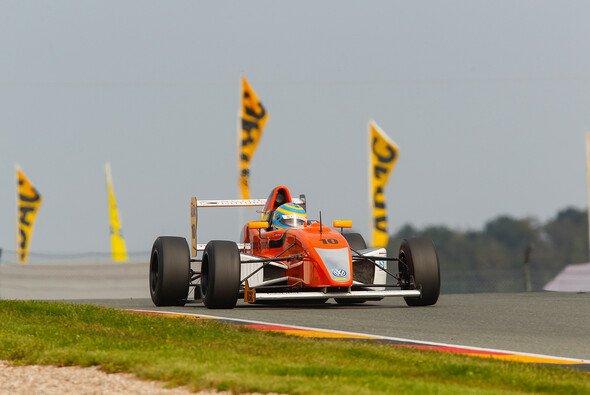 Menzel liegt in der Gesamtwertung auf sieben - Foto: ADAC Formel Masters