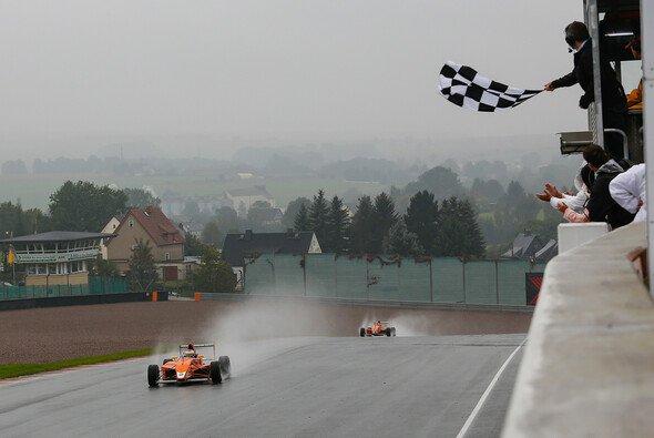 Maximilian Günther machte einen Schritt in Richtung Vizetitel - Foto: ADAC Formel Masters