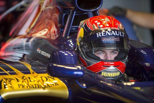 Am Freitag in Suzuka werden alle Augen auf Max Verstappen gerichtet sein - Foto: Scuderia Toro Rosso