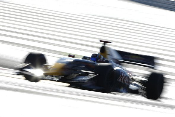 Carlos Sainz Junior hat sich die beste Ausgangslage gesichert - Foto: WS by Renault