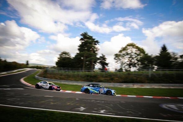 Die VLN wird auch 2015 auf dem Nürburgring stattfinden - Foto: Patrick Funk
