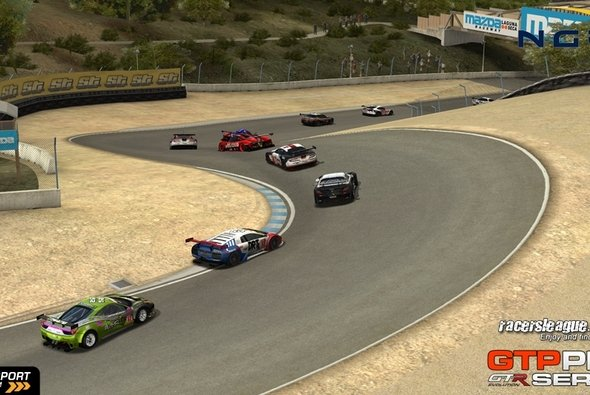 Die legendäre Corkscrew fasziniert aus allen Perspektiven - Foto: Racersleague