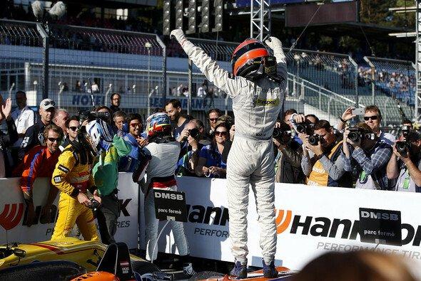 Lucas Auer gewann das letzte Rennen der Formel-3-Europameisterschaft - Foto: FIA F3