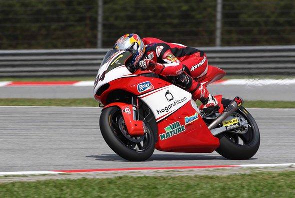 Jonas Folger pflügte sich durch das halbe Feld - Foto: Arginano & Gines Racing