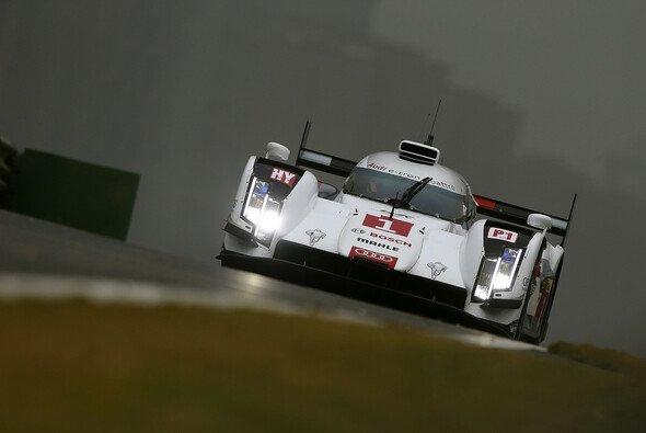 Die Welt erscheint grau: Für Audi gab es im Qualifying nicht viel zu feiern - Foto: Audi