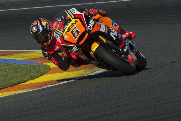 Stefan Bradl scheint sich an die Open-Yamaha zu gewöhnen - Foto: Forward Racing